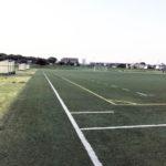 人工芝で裸足ランニング